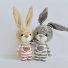 Mesmerizing Crochet an Amigurumi Rabbit Ideas. Lovely Crochet an Amigurumi Rabbit Ideas. Bunny Crochet, Crochet Mignon, Crochet Animal Amigurumi, Crochet Animal Patterns, Amigurumi Toys, Stuffed Animal Patterns, Cute Crochet, Amigurumi Patterns, Crochet Animals