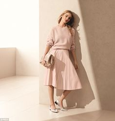 Rosie Huntington Whiteley models M&S' S15 collection #dailymail