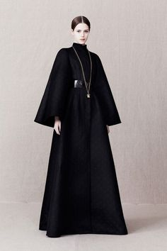 Alexander McQueen Pre-Fall 2013 Fashion Show