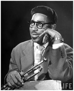 Dizzy Gillespie Jazz Artists, Jazz Musicians, Jazz Trumpet, Dizzy Gillespie, Classic Jazz, Music Theater, Theatre, All That Jazz, Miles Davis