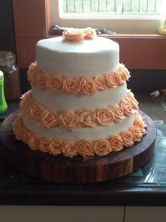 Three teir wedding cake.