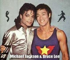 Michael Jackson and Bruce Lee. It would've been great if they had really met in person.lee+J Arte Bruce Lee, Bruce Lee Fotos, Bruce Lee Frases, Bruce Lee Pictures, Bruce Lee Family, Bruce Lee Martial Arts, Photo Star, Eminem, Actrices Hollywood