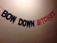 #BowDown: