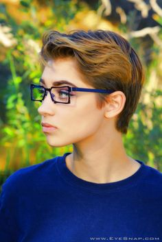 Emily wearing Spectacle Eyeworks
