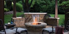 The combination of fire and water creates both visual interest and the perfect place to gather with friends. #MegaBergeracPaver #WestonWall