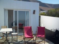Bozhom - #VacationHomes - $84 - #Hotels #Spain #Famara http://www.justigo.co.il/hotels/spain/famara/bozhom_14472.html