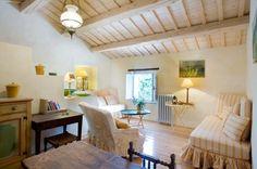 The Monte apartment - living room. Relais Villa Giulia, Fano, Marche, Italy.
