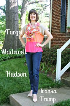 Working Mom weekend chic outfit: Madewell colorblocked T-shirt, Hudson skinny jeans, nude pumps
