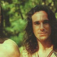 """daniel day lewis circa Last of the Mohicans. From whence all of my """"rugged man"""" fantasies came. When the Irish do it they do it well. Badass Movie, Love Movie, My Beautiful Laundrette, Rebecca Miller, What Makes A Man, Daniel Day, Day Lewis, Actors Male, Rugged Men"""
