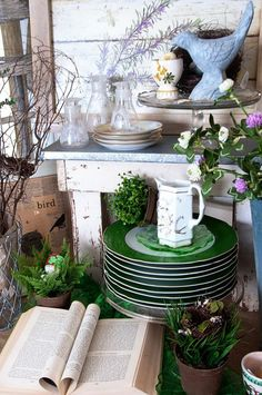 Birch + Bird Vintage Home Interiors » Blog Archive » Vintage Market Displays