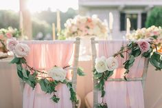Blush and floral! // Photography: Sonya Khegay