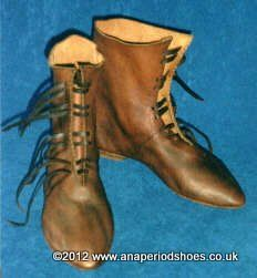 Front-laced Boot Hand-stitched Footwear