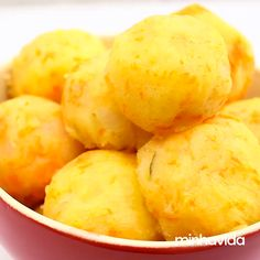 Bolinho de batata com cenoura Bolinho de batata com cenoura,Bread/ Sandwiches/ Torts Karotten-Kartoffelknödel: gesund, lecker und praktisch. Veg Recipes, Vegetarian Recipes, Cooking Recipes, Cooking Fails, Calories, Vegan Foods, Diy Food, Food Hacks, Sandwiches