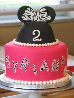 Zebra Minnie Mouse Cake ~ love!