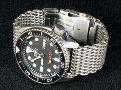 Seiko SKX007 on shark mesh bracelet