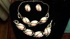 PRETTY IN PINK THREE PIECE VINTAGE JEWELRY SET Pearl Earrings, Drop Earrings, Free Items, Pretty In Pink, Jewelry Sets, Vintage Jewelry, Pearls, Pearl Studs, Bead Earrings