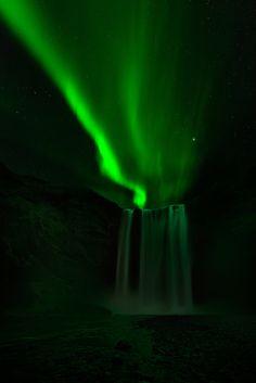 #AURORA BOREALIS #ICELAND