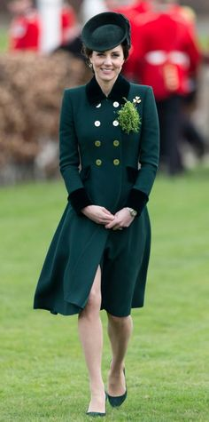 Style Kate Middleton's Most Festive Green Looks to Delight You on St. Patrick's Day InStyle Sat, Mar 18 8:00 AM PDT         1/20 March 17, 2017 The fashionable duchess paid sartorial homage to the Irish holiday in a dark green, double-breasted coat with chic black trim and gold buttons designed by Catherine Walker. Middleton accessorized her festive look with matching green pumps, a stylish fascinator secured atop her low chignon, and gold and green onyx Monica Vinader earrings ($195…