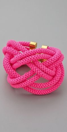 Wonder if I can DIY a similar Neon Knot Bracelet?