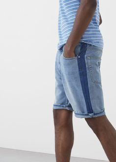 Bermudas ganga lavagem clara | MANGO MAN Denim Jeans Men, Denim Shorts, Boy Fashion, Mens Fashion, Denim Ideas, Costume, Men's Style, Boys, Portugal