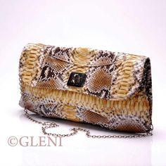 From ItalianModa : GLENI - 3841 - Python clutch