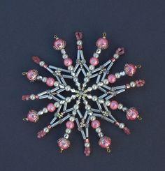 Snowflakes  Vánoční hvězda z korálků
