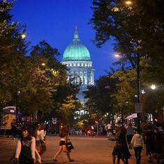 Just an awesome buzz tonight in Madison! A little chill in the air; perfect for sweatshirt and shorts. Badger win today sure ads to joy. Madison Wisconsin, State Street, University Of Wisconsin, Selling Real Estate, Badger, Taj Mahal, Cool Pictures, Chill, Sweatshirt