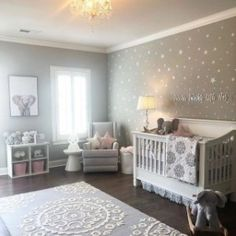 DIY nursery and also baby room decorating! Suggestions for you to develop a little paradise in the world for your little package. Lots of baby room decor suggestions! Baby Nursery Decor, Baby Bedroom, Baby Boy Rooms, Baby Boy Nurseries, Baby Cribs, Baby Decor, Baby Room Ideas For Girls, Star Nursery, Room Baby