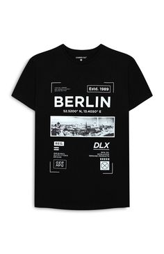 T-shirt Berlin noir imprimé Cool design T-shirts Designs Tee Design, Design Kaos, Shirt Print Design, T Shirt Printing Design, T Shirt Graphic Design, Streetwear, Mode London, T Shirt Custom, Men's T Shirts