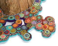 Tree skirt with standing circles