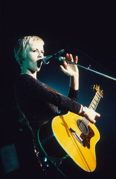 Cranberries Band, The Cranberries Zombie, Dolores Oriordan, 1990s Music, Women In Music, Rockn Roll, Band Photos, Music Icon, Rock Bands