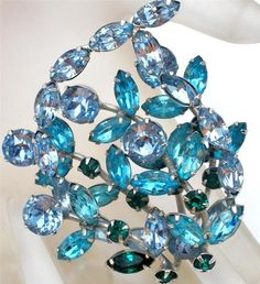 Vintage Signed Weiss Rhinestone Brooch Blue Layered Pin Weiss Co Prong Set   eBay