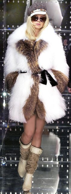 anbenna • D&G...This coat is just gorgeous...love the boots, glasses and hat...