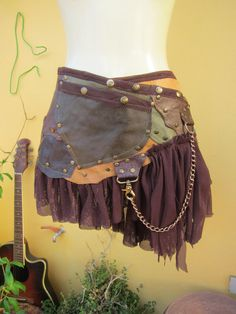 @: tribal leather skirt belt/