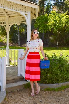 Hello Katie Girl: Red and Pink Stripes, stripes and dots Pink Skirt Outfits, Winter Skirt Outfit, Summer Outfits, Pink Pleated Midi Skirt, Stripe Skirt, Plaid And Leopard, Nerd Chic, Business Chic, California Style