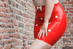 Sexy rood latex mini rokje van Bobsphotography op canvas, behang en meer Street Fashion, Latex, Bodycon Dress, Dresses, Urban Apparel, Gowns, Street Outfit, Dress, Day Dresses