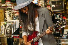 Grandes guitarristas, que por acaso são mulheres Clique na imagem para ler o artigp