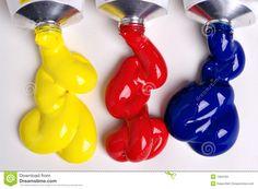 PRIMAIRE KLEUREN: Geel, rood en blauw. Die zijn de drie kleuren die je niet zelf door menging kunt maken.