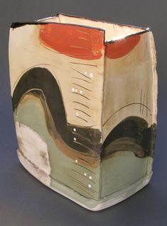 Ceramics by Camilla Ward at Studiopotterycouk - 2008 click now for info. Pottery Bowls, Ceramic Pottery, Pottery Art, Slab Pottery, Pottery Painting, Pottery Ideas, Slab Ceramics, Advanced Ceramics, Ceramic Boxes
