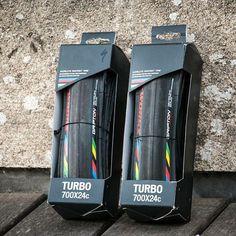 Testez et adoptez le pneu le plus rapide du marché ! Du 1er Octobre au 31 Octobre pour l'achat d'un pneu #Turbo #SWorks le deuxième pneu est offert ! Rendez-vous vite chez les magasins participants ! by specialized_fr