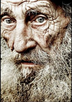 Seeing pictures of peoples faces like this old man's, when I look into his eyes makes me wonder about what kind of life this beautiful person has lived when. Every person has a unique story to tell. Everybody is unique in their own special way.