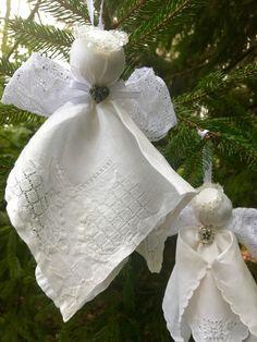 Diy Christmas Angel Ornaments, Ornament Crafts, How To Make Ornaments, Christmas Angels, Holiday Crafts, Crochet Ornaments, Christmas Poinsettia, Crochet Snowflakes, Crochet Christmas