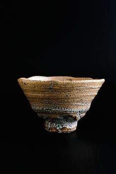 Tea bowl, Ido style- Nakamura click the image or link for more info. Ceramic Bowls, Ceramic Pottery, Ceramic Art, Slab Pottery, Pottery Vase, Japanese Ceramics, Japanese Pottery, Wabi Sabi, Matcha