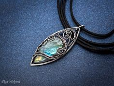 silver-pendant-wire-wrapped-pendant-blue