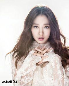 << Park Shin Hye >>