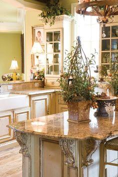 Kitchen Cabinetry | fabuloushomeblog.comfabuloushomeblog.com
