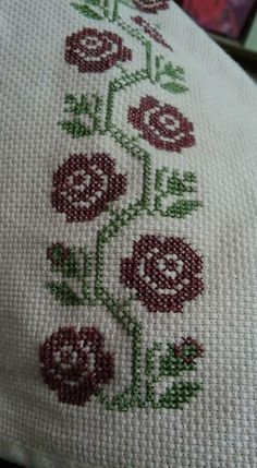 Smita Gogate's media content and analytics Cross Stitch Borders, Cross Stitch Flowers, Cross Stitch Designs, Cross Stitching, Cross Stitch Patterns, Hand Embroidery Design Patterns, Embroidery Stitches, Quilling Dolls, Palestinian Embroidery