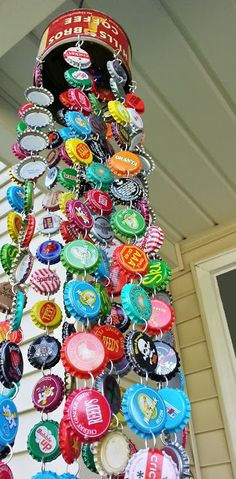 A friend mentioned that she was making a bottle cap wind chime and my mind started dancing! The principle is so simple…