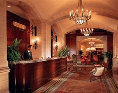 #Hotel: THE FAIRMONT HOTEL MACDONALD, Edmonton, CA. For exciting #last #minute #deals, checkout @Tbeds.com. www.TBeds.com now.