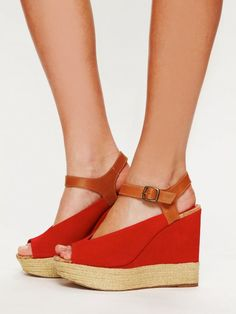 Dolce Vita Rosada Wedge - Rose